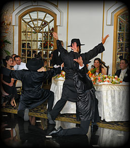 The Amazing Bottle Dancers at your Wedding